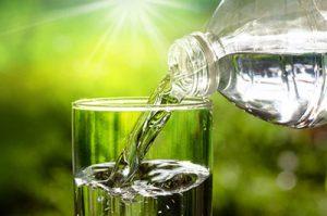 Wie Trinken gegen altersbedingte Beschwerden hilft 1
