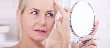 Hormonelle Veränderungen und ihre Auswirkungen auf Ihr Hautbild