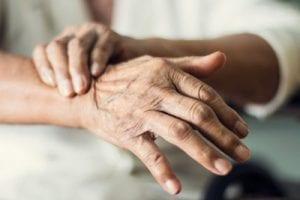 Warum das Altern der größte Risikofaktor für Parkinson ist