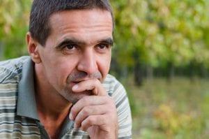 Erhöhte Häufigkeit von Nebennierenschwäche bei älteren Männern