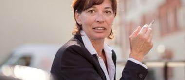 Frauen, die rauchen und früh in die Wechseljahre kommen, haben ein erhöhtes Risiko für Blasenkrebs 1
