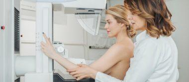 Menopause-Status besserer Indikator für Mammographie als Alter