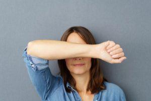 Implantierte Hormonpellets, die neueste Hormonersatztherapie zur Bekämpfung des Älterwerdens