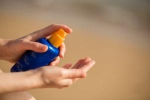 Wie Sie Ihre Hände auch im Alter noch jung und beweglich halten
