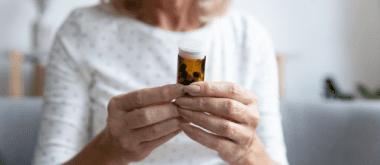 Progesteron zum Ausgleichen der Hormonwerte und Linderung von Wechseljahrbeschwerden 1