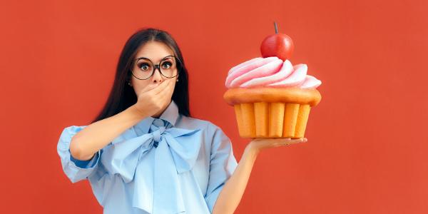 Warum die Wechseljahre Heißhunger auf Süßes begünstigen 1