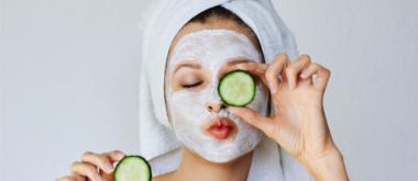Selbstgemachte Hautpflegeprodukte gegen das Altern