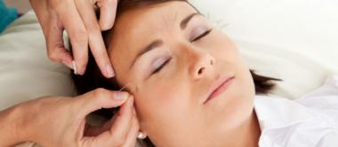 Linderung wechseljahrbedingter Migräne durch Akupunktur